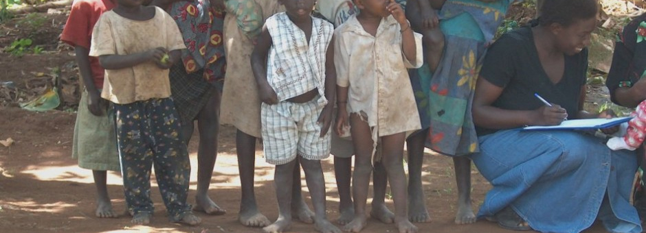 africa-children-bare-feet